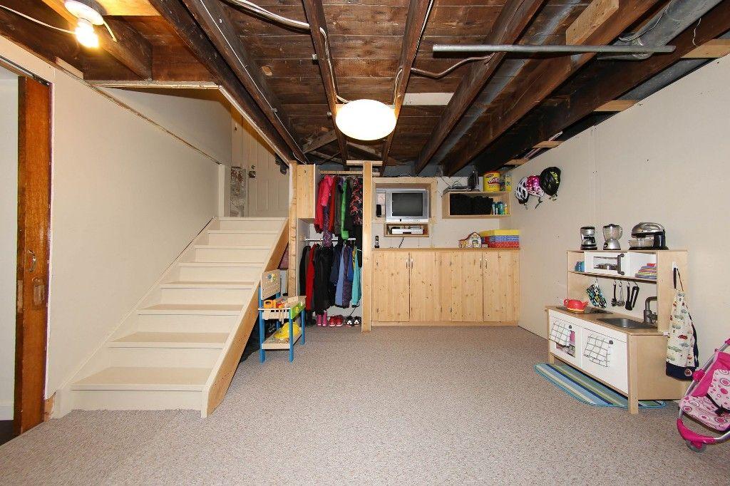 Photo 24: Photos: 205 Lenore Street in Winnipeg: Wolseley Single Family Detached for sale (5B)  : MLS®# 1710671