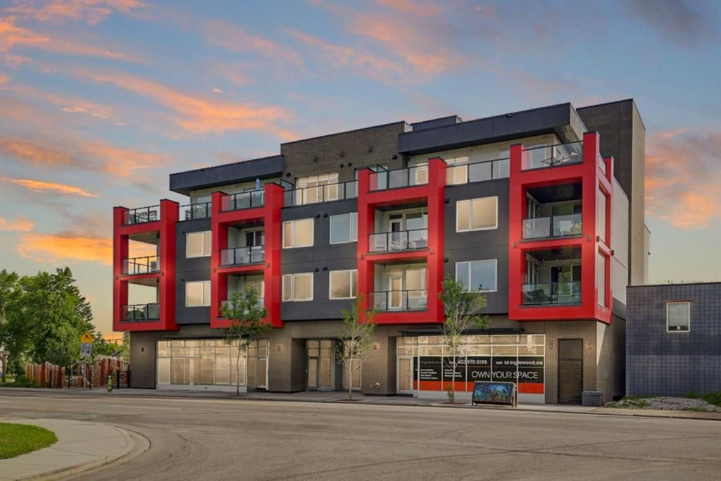 Main Photo: 204 1526 9 Avenue SE in Calgary: Inglewood Apartment for sale : MLS®# A1145735