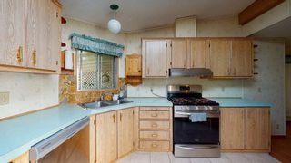 Photo 10: 1606 YMCA Road in Langdale: Gibsons & Area Manufactured Home for sale (Sunshine Coast)  : MLS®# R2574027