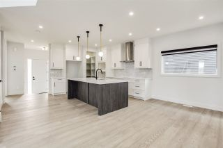 Photo 12: 7446 COLONEL MEWBURN Road in Edmonton: Zone 27 House for sale : MLS®# E4233068