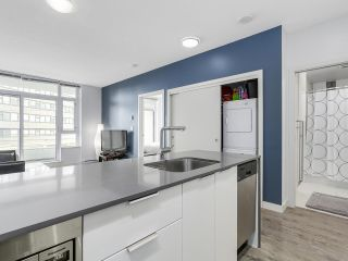 """Photo 4: 510 2788 PRINCE EDWARD Street in Vancouver: Mount Pleasant VE Condo for sale in """"UPTOWN"""" (Vancouver East)  : MLS®# R2148686"""