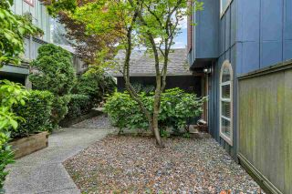 """Photo 23: 37 900 W 17TH Street in North Vancouver: Mosquito Creek Townhouse for sale in """"Foxwood Hills"""" : MLS®# R2503930"""