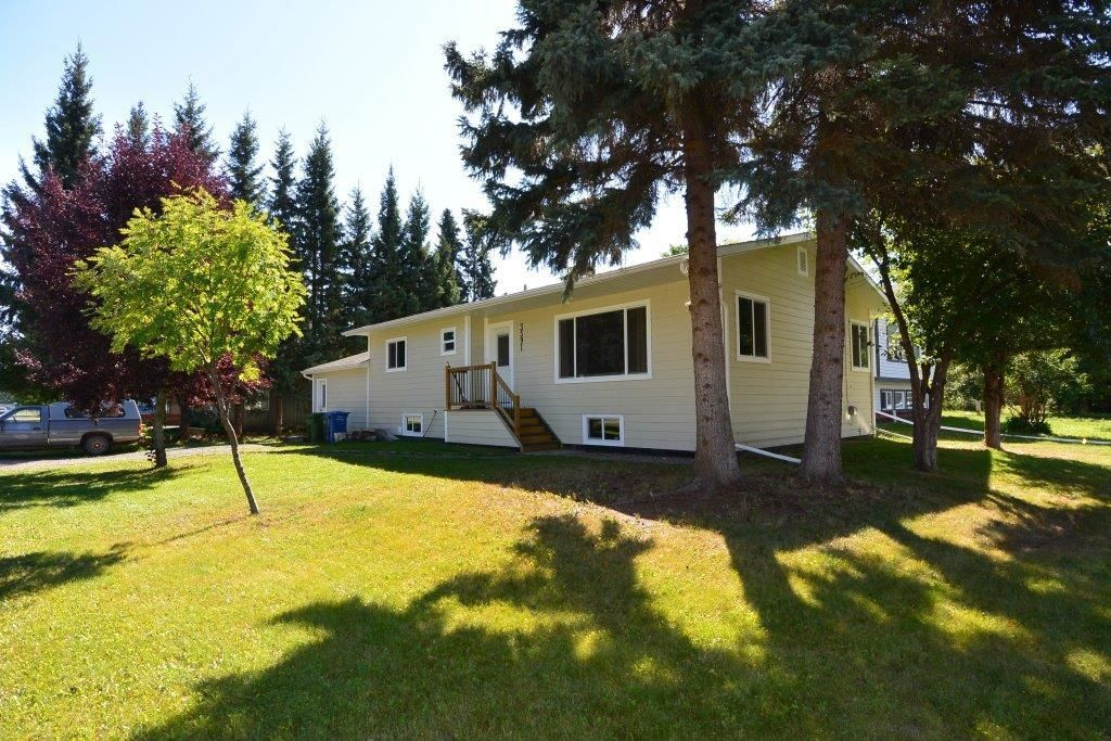 Main Photo: 3591 4TH Avenue in Smithers: Smithers - Town House for sale (Smithers And Area (Zone 54))  : MLS®# R2617366