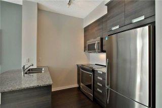 Photo 11: 303 75 W Eglinton Avenue in Mississauga: Hurontario Condo for sale : MLS®# W3981219