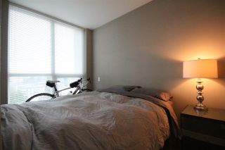 Photo 6: 904 135 E 17TH Street in North Vancouver: Central Lonsdale Condo for sale : MLS®# R2038208