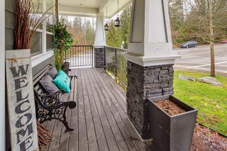 """Photo 3: 24602 103 Avenue in Maple Ridge: Albion House for sale in """"THORNHILL HEIGHTS"""" : MLS®# R2435547"""
