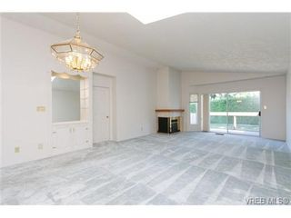 Photo 6: 56 901 Kentwood Lane in VICTORIA: SE Broadmead Row/Townhouse for sale (Saanich East)  : MLS®# 658953