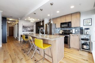 """Photo 4: 1801 898 CARNARVON Street in New Westminster: Downtown NW Condo for sale in """"AZURE"""" : MLS®# R2525774"""
