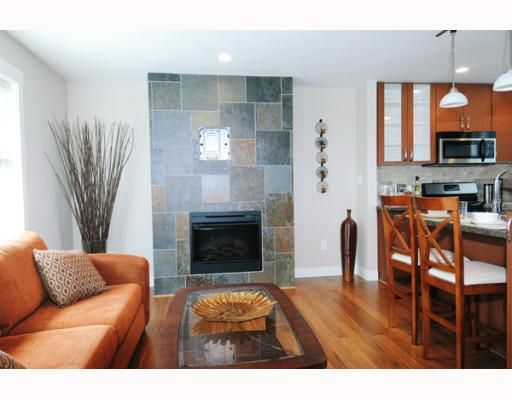 """Photo 4: Photos: 4 22206 124TH Avenue in Maple_Ridge: West Central Townhouse for sale in """"COPPERSTONE RIDGE"""" (Maple Ridge)  : MLS®# V776472"""
