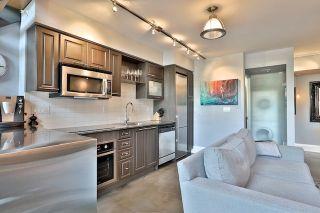 Photo 8: 25 Lourdes Lane Unit #8 in Toronto: North St. James Town Condo for sale (Toronto C08)  : MLS®# C3939601