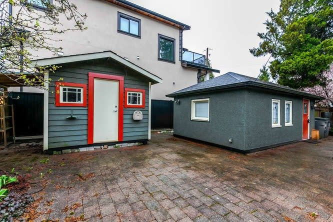 Photo 19: Photos: 808 E 28TH AVENUE in Vancouver: Fraser VE House for sale (Vancouver East)  : MLS®# R2154503
