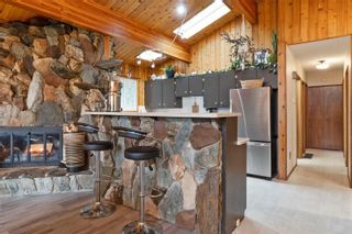 Photo 17: 2384 Forest Drive, in Blind Bay: House for sale : MLS®# 10240077