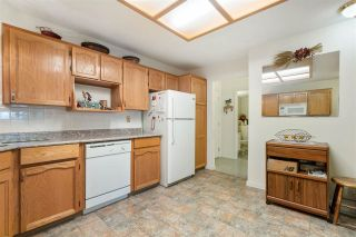 """Photo 12: 113 33030 GEORGE FERGUSON Way in Abbotsford: Central Abbotsford Condo for sale in """"THE CARLISLE"""" : MLS®# R2581082"""