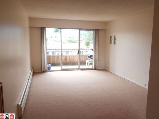 Photo 2: 209 9477 Cook Street in Chilliwack: Condo for sale : MLS®# H1202427