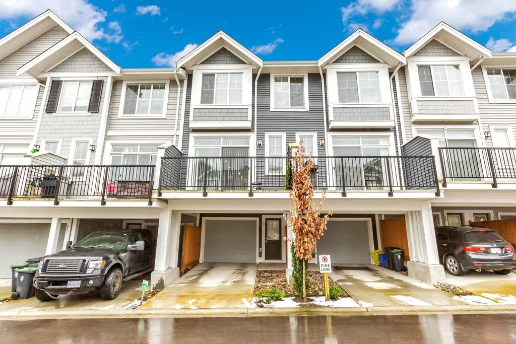 """Main Photo: 27 7169 208A Street in Langley: Willoughby Heights Townhouse for sale in """"Lattice"""" : MLS®# R2540801"""