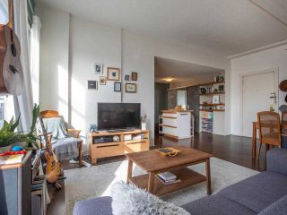 """Photo 11: 306 175 E BROADWAY in Vancouver: Mount Pleasant VE Condo for sale in """"Lee Building"""" (Vancouver East)  : MLS®# R2559820"""