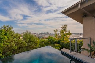 Photo 2: MISSION HILLS House for sale : 3 bedrooms : 2021 Rodelane St in San Diego