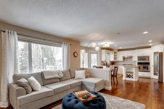 Photo 8: 87 Douglasview Road SE in Calgary: Douglasdale/Glen Detached for sale : MLS®# A1061965