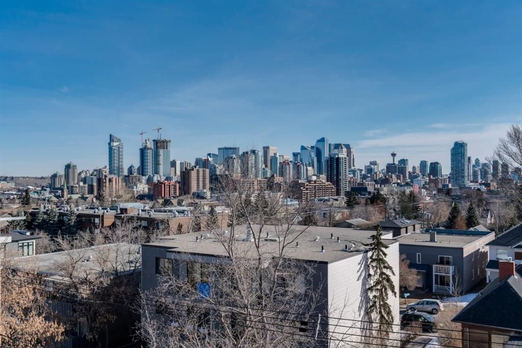 Main Photo: 403 2114 17 Street SW in Calgary: Bankview Apartment for sale : MLS®# A1080981