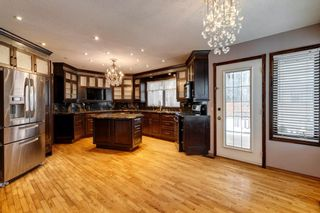Photo 6: 503 Woodbriar Place SW in Calgary: Woodbine Detached for sale : MLS®# A1062394