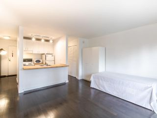 """Photo 5: 314 436 SEVENTH Street in New Westminster: Uptown NW Condo for sale in """"Regency court"""" : MLS®# R2404787"""