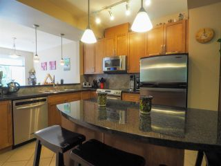 """Photo 8: 44 40632 GOVERNMENT Road in Squamish: Brackendale Townhouse for sale in """"Riverswalk"""" : MLS®# R2488805"""