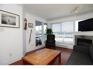 "Photo 3: 304 2025 STEPHENS Street in Vancouver: Kitsilano Condo for sale in ""STEPHEN'S COURT"" (Vancouver West)  : MLS®# V1069084"