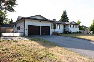 Photo 1: 2919 LEFEUVRE Road in Abbotsford: Aberdeen House for sale : MLS®# R2390731