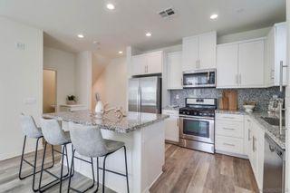 Photo 8: IMPERIAL BEACH Condo for sale : 3 bedrooms : 522 Shorebird Way