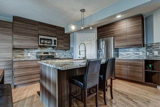 Photo 3: 239 Valley Brook Circle NW in Calgary: Valley Ridge Detached for sale : MLS®# A1102957