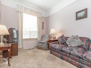 Photo 4: 48 Follis Avenue in Toronto: Annex House (2 1/2 Storey) for sale (Toronto C02)  : MLS®# C3796407