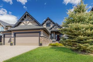 Photo 1: 218 Valley Crest Court NW in Calgary: Valley Ridge Detached for sale : MLS®# A1101565