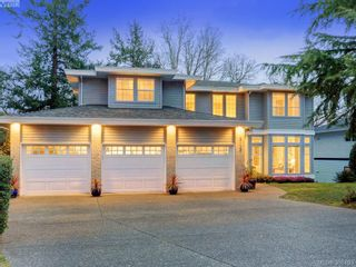 Photo 20: 915 Maltwood Terr in VICTORIA: SE Broadmead House for sale (Saanich East)  : MLS®# 780757