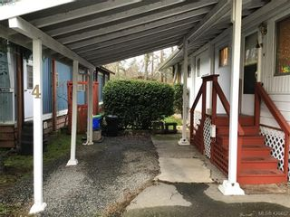 Photo 3: Cheap Mobile Home For Sale  |  4-1201 Craigflower Road