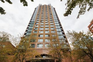 Photo 1: 1705 1189 HOWE Street in Vancouver: Downtown VW Condo for sale (Vancouver West)  : MLS®# R2603935