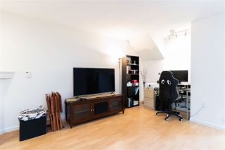 """Photo 10: 4129 BRIDGEWATER Crescent in Burnaby: Cariboo Townhouse for sale in """"Village del Ponte"""" (Burnaby North)  : MLS®# R2539039"""