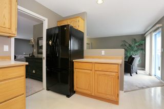 Photo 9: 6048 189A Street in Surrey: Cloverdale BC House for sale (Cloverdale)  : MLS®# R2054243