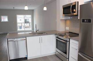 """Photo 6: 34 22600 GILLEY Road in Richmond: Hamilton RI Townhouse for sale in """"PARC GILLEY"""" : MLS®# R2430201"""