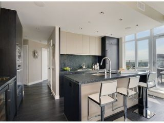 "Photo 10: 4001 1372 SEYMOUR Street in Vancouver: Downtown VW Condo for sale in ""THE MARK"" (Vancouver West)  : MLS®# V1063331"