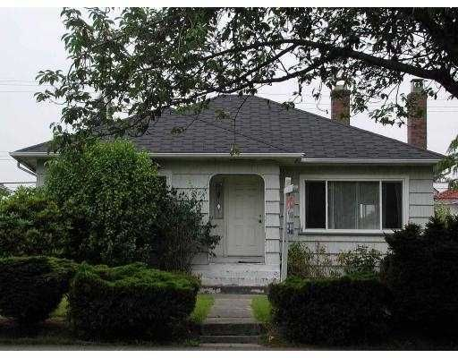 Main Photo: 1557 E 49TH AV in Vancouver: Knight House for sale (Vancouver East)  : MLS®# V545875
