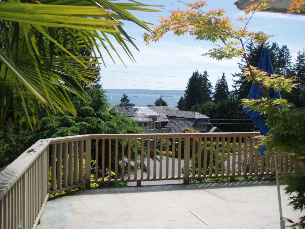 "Main Photo: 3255 Mathers Ave in West Vancouver: West Bay House for sale in ""Westmount"""