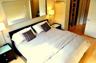 """Photo 8: 2575 EAST Mall in Vancouver: University VW Townhouse for sale in """"LOGAN LANE"""" (Vancouver West)  : MLS®# V839250"""