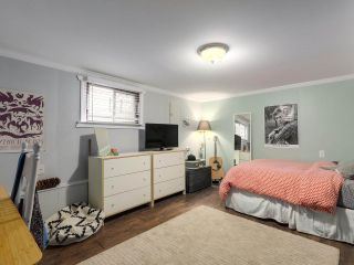 Photo 16: 2651 VENABLES Street in Vancouver: Renfrew VE House for sale (Vancouver East)  : MLS®# R2266027
