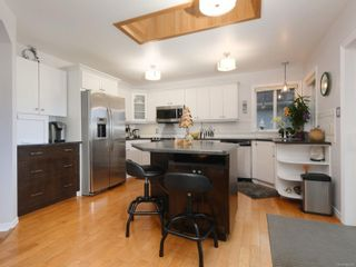 Photo 5: 1665 Narissa Rd in Sooke: Sk Whiffin Spit House for sale : MLS®# 862000