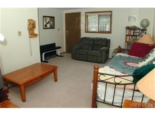 Photo 5: 3392 Fulton Rd in VICTORIA: Co Triangle House for sale (Colwood)  : MLS®# 321153