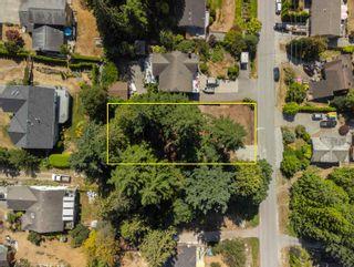 Photo 3: LOT 5 LAUREL Avenue in Sechelt: Sechelt District Land for sale (Sunshine Coast)  : MLS®# R2609554