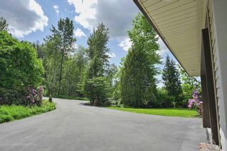 """Photo 3: 26177 126 Avenue in Maple Ridge: Websters Corners House for sale in """"Whispering Falls"""" : MLS®# R2459446"""