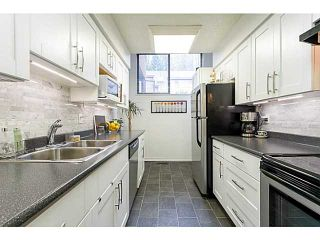 """Photo 5: 412 CARDIFF Way in Port Moody: College Park PM Townhouse for sale in """"EASTHILL"""" : MLS®# V1059936"""