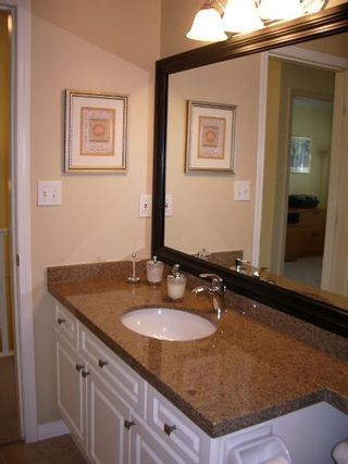 Photo 47: BEAUTIFULLY RENOVATED 3-BR TOWNHOUSE!