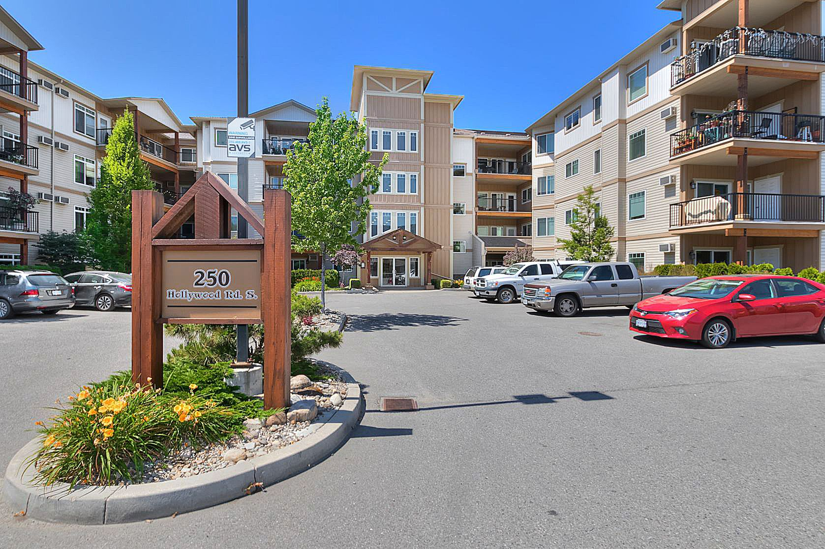 Main Photo: 119 250 Hollywood Road in Kelowna: Rutland South Multi-family for sale (Central Okanagan)  : MLS®# 10142864